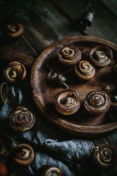 Citrus & Chocolate Brioche Buns — Adventures in Cooking http://adventuresincooking.com/2016/01/citrus-chocolate-brioche-buns.html
