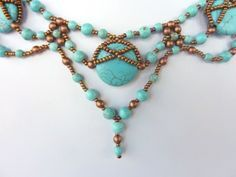 DIY Jewelry: FREE beading pattern for necklace made with natural stone 20mm pillow beads, 4mm and 6mm round beads, and 11/0 seed beads.