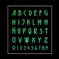 Friday Free Font 89 Belladona (Atropa belladonna,... • typostrate