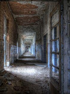 Abandoned Hallway / 745