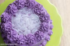 Here's a great recipe for the classic Ube Macapuno Cake. Light, fluffy with a good ube flavor in every bite. Pinoy Dessert, Filipino Desserts, Filipino Recipes, Filipino Food, Pinoy Recipe, Filipino Dishes, Asian Desserts, Ube Macapuno Cake Recipe, Yema Cake