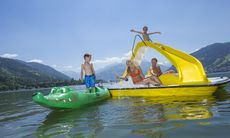 Boot fahren am Zeller See, Familienurlaub im Sporthotel Alpenblick in Zell am See Zell Am See, Sauna, Boat, Outdoor Decor, Family Activity Holidays, Dinghy, Boating, Boats