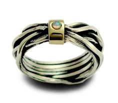 Sterling silver integrated 9K yellow gold ring inlaid a lab grown opal
