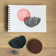 Great Free of Charge Printmaking flowers Tips Printmaking can be the operation of creating artworks by printing, typically on paper. Linocut Prints, Art Prints, Block Prints, Stencil, Sketchbook Project, Stamp Making, Fabric Painting, Encaustic Painting, Art Plastique