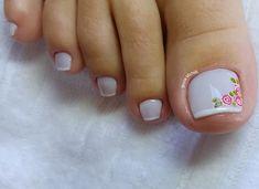 29 Fotos de Unhas com Flores Bonitas Pedicure Nail Designs, Pedicure Spa, Manicure And Pedicure, Pretty Toe Nails, Pretty Toes, New Nail Art Design, Nail Art Designs, Nails Design, Feet Nails