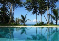 Mansao De Luxo Na Praia De Pitinga - Fantástica propriedade de luxo na Praia de Pitinga, Arraial D'Ajuda, sul da Bahia. Terreno de 11.000 m² Magnífica vista-mar e panorâmica...