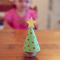 free printable   a roundup of Christmas ideas