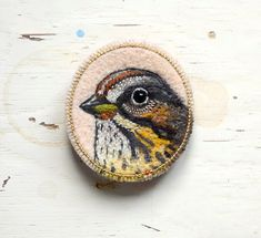 Bird  brooch  needle felted  embroidered  animal felt by cOnieco, zł120.00
