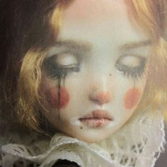 Hanna in her clown makeup Aesthetic Makeup, Aesthetic Art, Art Goth, Art Du Cirque, Arte Lowbrow, Clown Faces, Arte Obscura, Clown Makeup, Maquillage Halloween