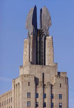 Las alas de la  corona de aluminio del Times Square Building en Rochester, New York, icono de la arquitectura Art Deco. Imagen © Wikipedia user Marduk