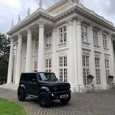 Some epic photos of our customers Suzuki Jimny, want to modify your new Suzuki Jimny? Get in touch now! New Suzuki Jimny, Suzuki Cars, Epic Photos, Jeep Wrangler, Offroad, Cool Cars, Samurai, Automobile, Adventure