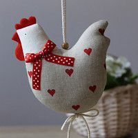 Velikonoce / Svátky | Fler.cz Bird Crafts, Easter Crafts, Holiday Crafts, Diy And Crafts, Easy Sewing Projects, Sewing Crafts, Rooster Craft, Chicken Quilt, Chicken Crafts