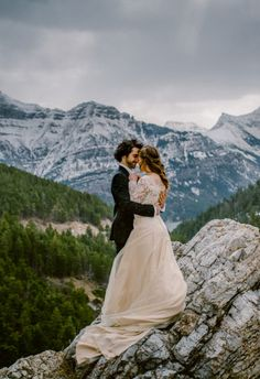 We're getting major wanderlust from these 20 stunning wedding photos.