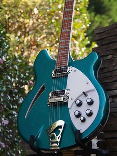 2000 Rickenbacker 360 TurquoiseWow - look at this! Forget Jetglo... Forget Fireglo...Turquoise is the bomb on a 360! And you don't see them that often... This 360 looks and sounds AMAZING! With that said:not a case queen: scuffs and swirls throughout, a ding here and there, and a couple of s...