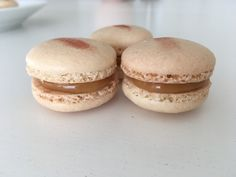 Macarons med Saltkaramel – Tine's Verden Ice Cream Candy, Sweet Cakes, Desert Recipes, Food For Thought, Chocolate Cake, Tapas, Sweet Tooth, Cheesecake, Deserts