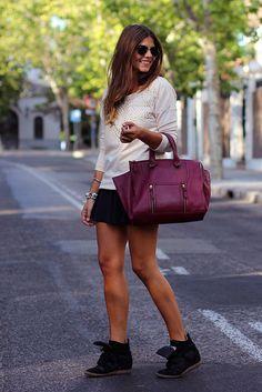 trendy_taste-look-outfit-street_style-zara-burgundy_bag-bolso_burdeos-steve_madden-sneakers-zapatillas-black_skirt-falda_negra-nude_sweatshi...