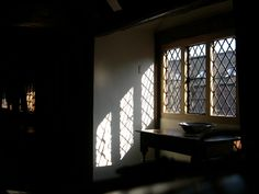 Anne of Cleves Tudor House - so dark on a sunny day!