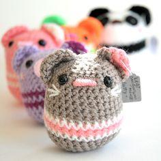 Cute pod-like animal amigurumi