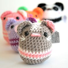 Cute pod-like animal amigurumi