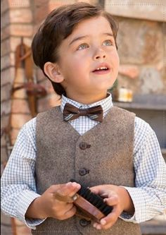The look of a child is magical✨. Toddler Boy Fashion, Little Boy Fashion, Toddler Boys, Kids Fashion, Cute Toddlers, Cute Kids, Cute Babies, Baby Boy Outfits, Kids Outfits
