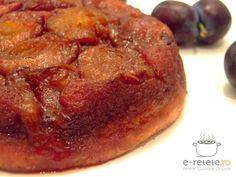 Tarta rasturnata cu prune Romanian Food, Bakery, Good Food, Pork, Gluten, Sweets, Beef, Breakfast, Healthy