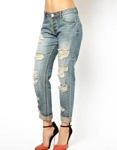 { Brady Slim Boyfriend Jeans in Vintage Wash }
