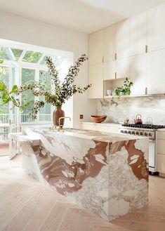 A divinely bohemian Brooklyn brownstone (Desire To Inspire) House Design, Interior, Interior Design Kitchen, Cheap Home Decor, Home Decor, House Interior, Marble Kitchen Island, Home Interior Design, Interior Design