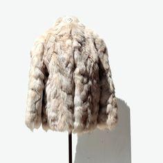 https://www.etsy.com/listing/200489106/cream-fox-fur-coat @navyhoop
