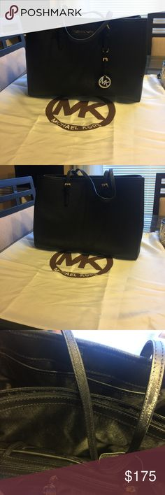 Michael Kors Black Tote Toe is in excellent condition no stains no rips no tears no odors perfect condition no trades and Price is firm Michael Kors Bags