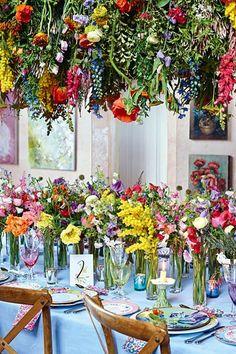 Wedding Flower Decorations - Cheap But Chic - Wedding Flowers - Modern Wedding Flowers, Winter Wedding Flowers, Wedding Flower Inspiration, Wedding Flower Arrangements, Autumn Wedding, Wedding Centerpieces, Wedding Table, Floral Wedding, Wedding Decorations