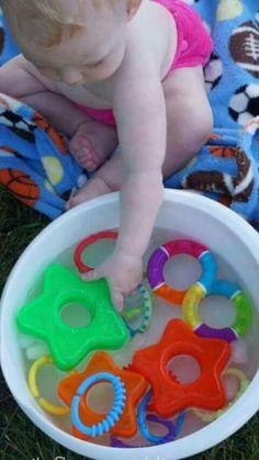 caja sensorial bolas de gel.  baby  toys  949ce4d51264