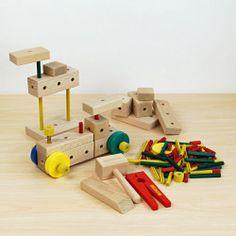 マタドール 木のおもちゃ 組み立て遊び とんかちたたき