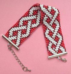 Bracelet en perles sur métier à tisser. Accessoires par NataliiaK1