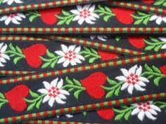 Traditional Tyrolean trimming: hearts and edelweiss Kitsch, Passementerie, Textile Design, Handicraft, Folk Art, Needlework, Diy And Crafts, Crafty, Embroidery