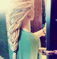 I'm in love with the big dread braid down the back - I think it's gorgeous