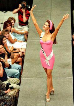 Miss universe venezeulan beauty 1996 miss machado Miss Teen Usa, Miss Usa, Miss Universe 1996, That Old Black Magic, Ali Landry, Miss Venezuela, Powerful Images, Trophy Wife, Beauty Pageant