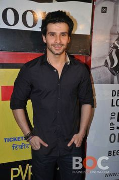 Girish Kumar at Ramaiya Vastavaiya Screening