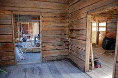 Lounaskahvila signe #hirsitalo #vanhatalo #sastamala #mouhijärvi #remontti #hirsi #hirsiseinä Divider, Room, Furniture, Home Decor, Bedroom, Decoration Home, Room Decor, Rooms, Home Furnishings