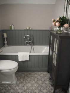 61 Fantastic Traditional Bathroom Designs You& Gonna Love is part of Grey bathrooms When it has to do with bathroom decor, the Victorian period has to be the absolute most popular Have a conventi - Bathroom Paneling, Grey Bathroom Tiles, Simple Bathroom, Bathroom Flooring, Modern Bathroom, Bathroom Ideas, Washroom, Bathroom Designs, Bathroom Cabinets