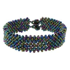 Night in Alaska Bracelet from Fusion Beads Inspiration Gallery - free PDF instructions. Easy.  #Seed #Bead #Tutorials