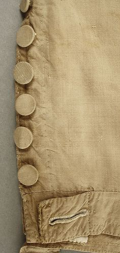 Cotton breeches. Knee fastening detail. 1784-1800 Met Museum
