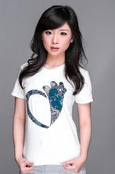 Batik Blue (Harumi Tanoto)