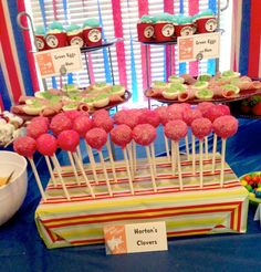 Horton Dr. Seuss Baby Shower | Thing 1 & Thing 2 cupcakes