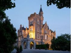 Mercure Aberdeen Ardoe House Hotel and Spa is set in 30 acres of breathtaking Scottish countryside. Hotel Breaks, Spa Breaks, Mansion Hotel, Scottish Castles, We Fall In Love, Aberdeen, Hotel Spa, Spa Day, 4 Star Hotels