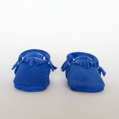 I think over 5 bloggers recommended these baby moccasins. So cute! And they're handmade.