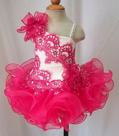 Cheap kids proms, Buy Quality vestido de daminha directly from China girls pageant Suppliers: vestido de daminha Ruffles Ball Gown Girls Pageant Dresses 2016 Lovely Lace Beaded Cheap Glitz Kids Prom Evening Gowns Glitz Pageant Dresses, Pagent Dresses, Pageant Wear, Prom Dress, Birthday Girl Dress, Birthday Dresses, Wedding Party Dresses, Little Girl Dresses, Girls Dresses