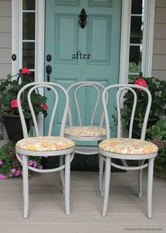 How to Add a Round Seat Cushion to a Bentwood Chair- Bentwood Kitchen Chairs Makeover