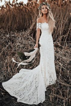 chic off the shoulder boho wedding dresses, simple lace long train bridal gowns, modern mermaid beach wedding dresses #weddingdress