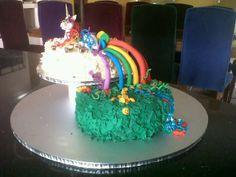 """die opdrag """"a unicorn that farts a rainbow and poops smiley faces"""" Smiley Faces, So Little Time, Cake Ideas, Unicorn, Rainbow, Cakes, Desserts, Food, Rain Bow"""