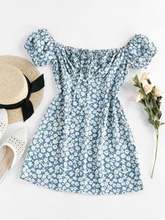 A site with wide selection of trendy fashion style women's clothing, especially swimwear in all kinds which costs at an affordable price. Mini Vestidos, Vestidos Plus Size, Motif Floral, Ditsy Floral, Floral Patterns, Casual Dresses, Dresses For Work, Dresses With Sleeves, Corsage